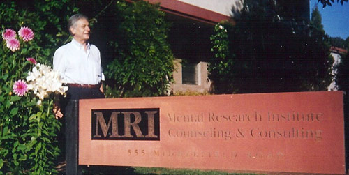 Il dott Massimo Adolfo Caponeri al MRI Mental Research Institute
